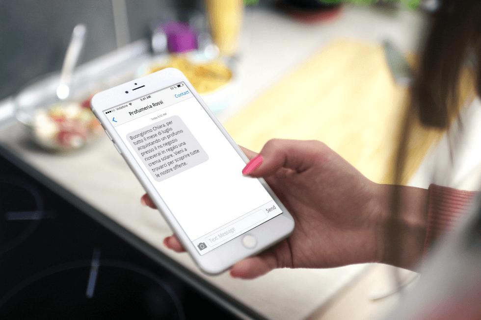 Sms con mittente personalizzato: guida all'invio